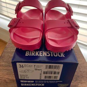 NWT! Birkenstock Arizona EVA Slides